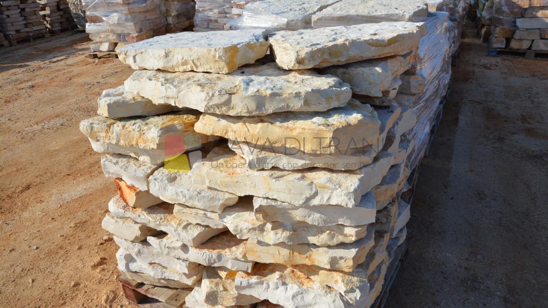 Lastro di scorza grezza in Pietra di Trani