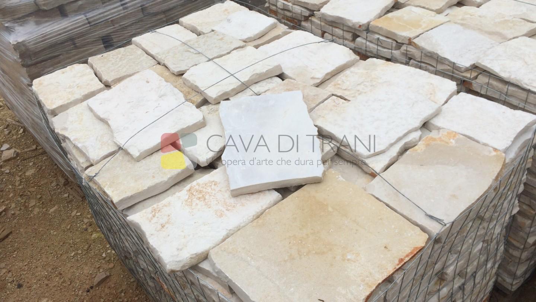 Scorza di cava squadrata in Pietra di Trani